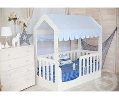 Продаю кроватку-домик для новорожденного