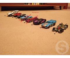 Модели автомобильные металлические.