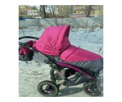 Продам детскую коляску в Киеве