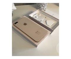 Продам смартфон Apple iPhone 8 в Киеве.