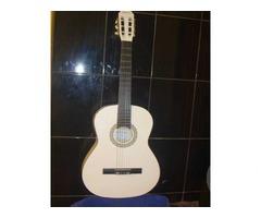 Продам акустическую гитару ARBELLO