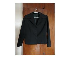 Продам пиджак для школьницы