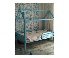 Продам кроватку-домик