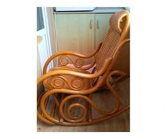 Продам кресло-качалку