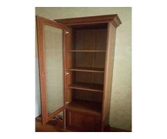 Продам книжный шкаф